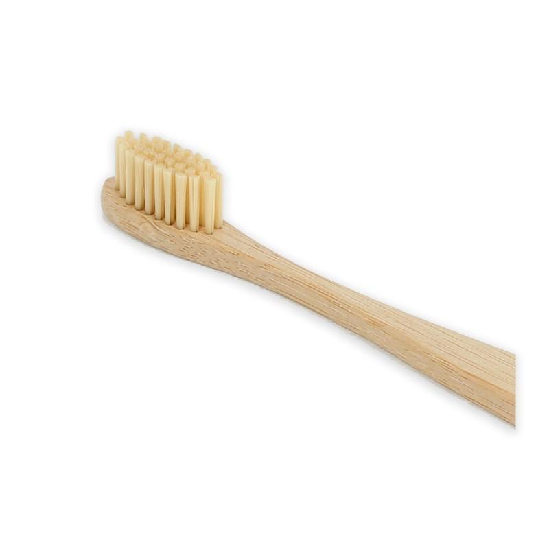 Cepillo de dientes de bambú y con 90 % de cerdas de bambú. 4103c609dd39