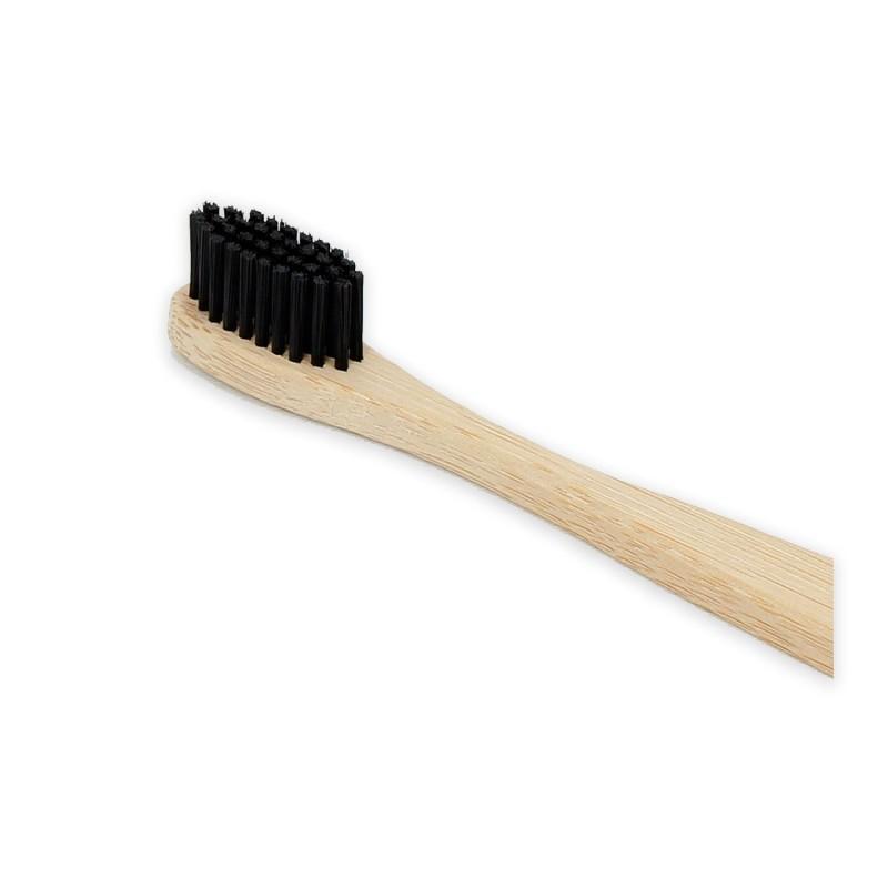 Cepillo de dientes de bambú de cerdas con carbón activo. 1982369584fa