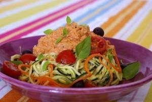 Espaguetis de calabacín y zanahoria de Mireia Gimeno, cocina energética