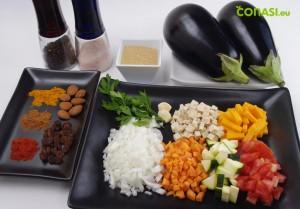 Aqui hemos reunido todos los ingredientes que vamos a utlizar para hacer las berenjenas rellenas