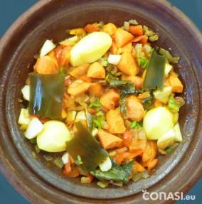 El sofrito y las verduras, antes de poner los garbanzos