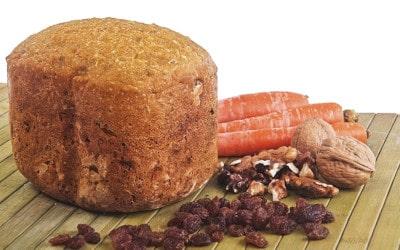 Pan de espelta con zanahoria, pasas y nueces