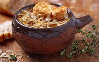 Sopa de cebolla nutritiva