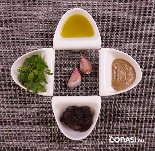 Miso, aceite, ajo, perejil y tahín