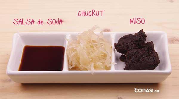 MIso, salsa de soja y chucrut. Alimentos fermentados