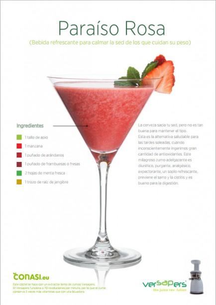 Copa de coctel de frutas rojas, manzana, menta y jengibre.