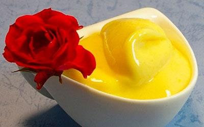 Sorbete y crema de mango