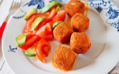 Daditos de tofu adobado