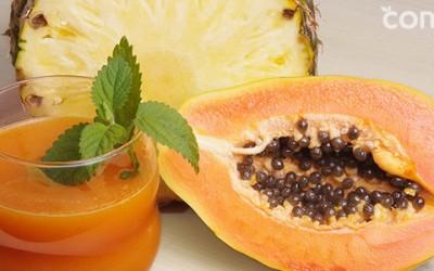 Zumo de piña y papaya