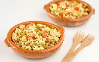 Revuelto de verduras y tofu