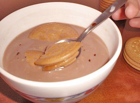 desayuno-niños-galletas-colacao