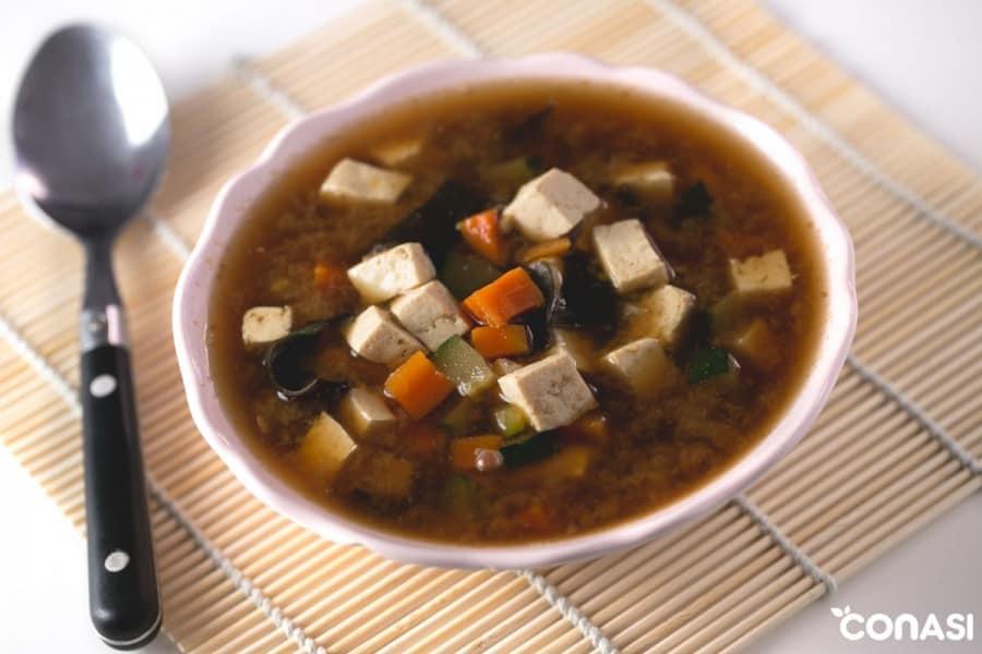 sopa-m,iso-tofu-verduras