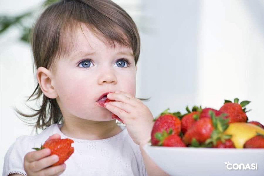 cuidar el entorno de los pequeños al comer