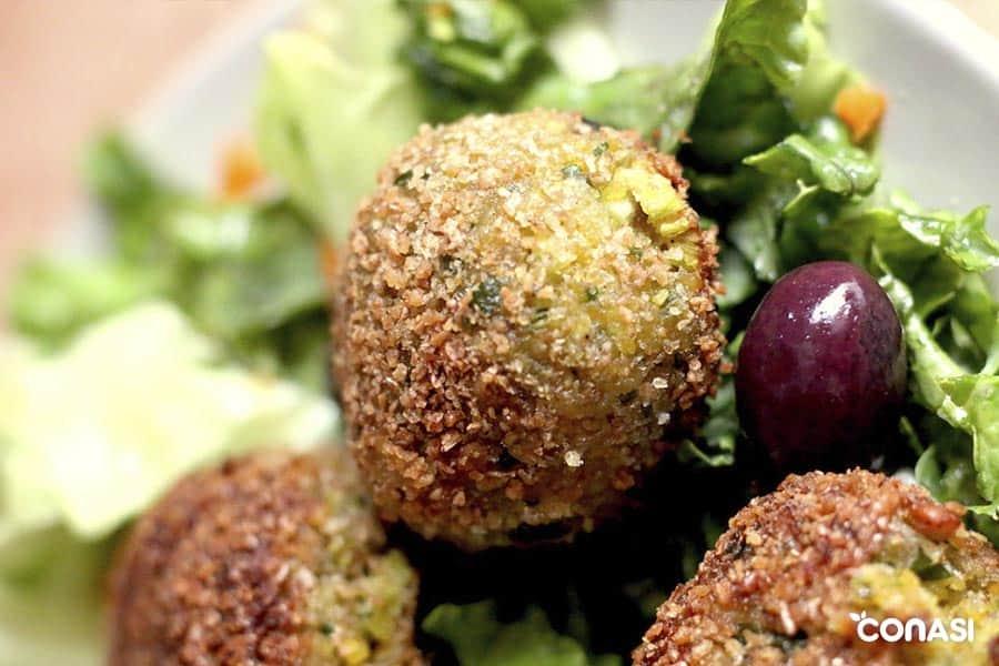 el falafel es una receta ideal para llevar de picnic