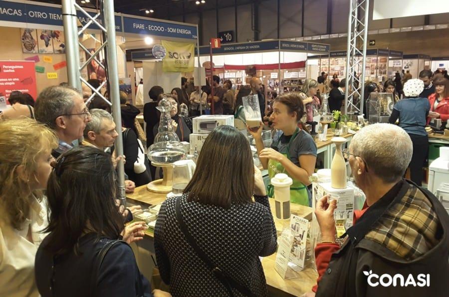 Demostración y degustación de leches vegetales con Chufamix, por Itziar Bartolomé