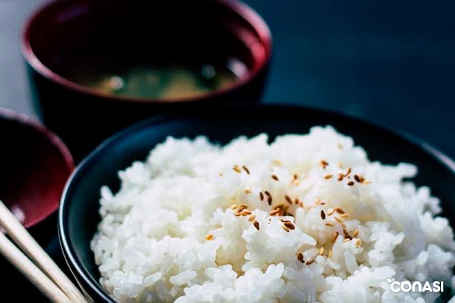 Almidón resistente en arroz cocido y refrigerado