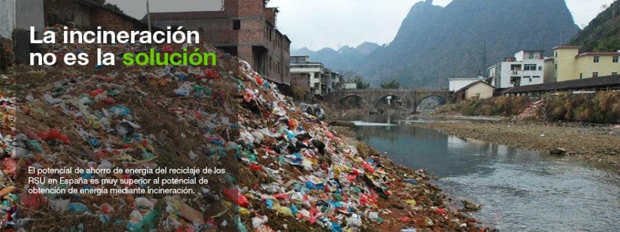 Plásticos e incineración