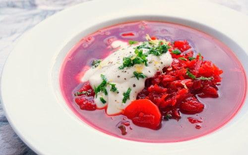 Sopa de remolacha o sopa borsch