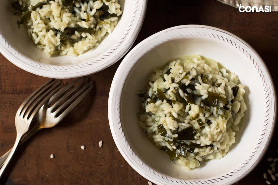 Risotto elaborado con caldo de verduras casero - como hacer caldo