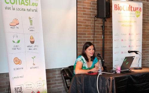 "Conferencia Dra Odile Fernández: ""Alimentaci..."