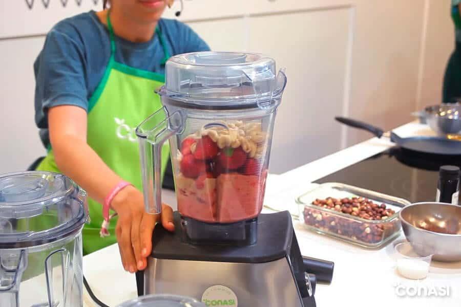 ?Desayunos saludables para niños? Showcooking Dra. Odile Fernández y Aida Lirola