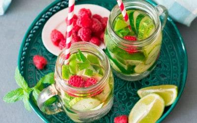 agua-saborizada-pepino-frambuesa-des