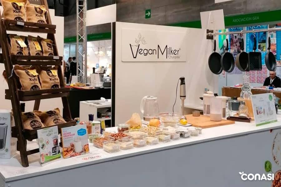 Zona de Vegan MIlker by Chufamix en nuestro stand de Conasi en Biocultura Madrid 2019