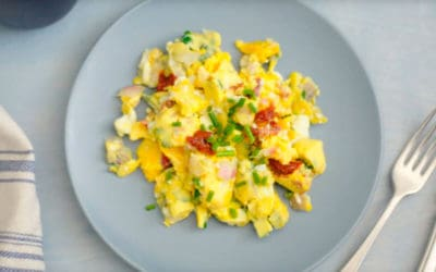Huevos revueltos con Stasher: 2 recetas