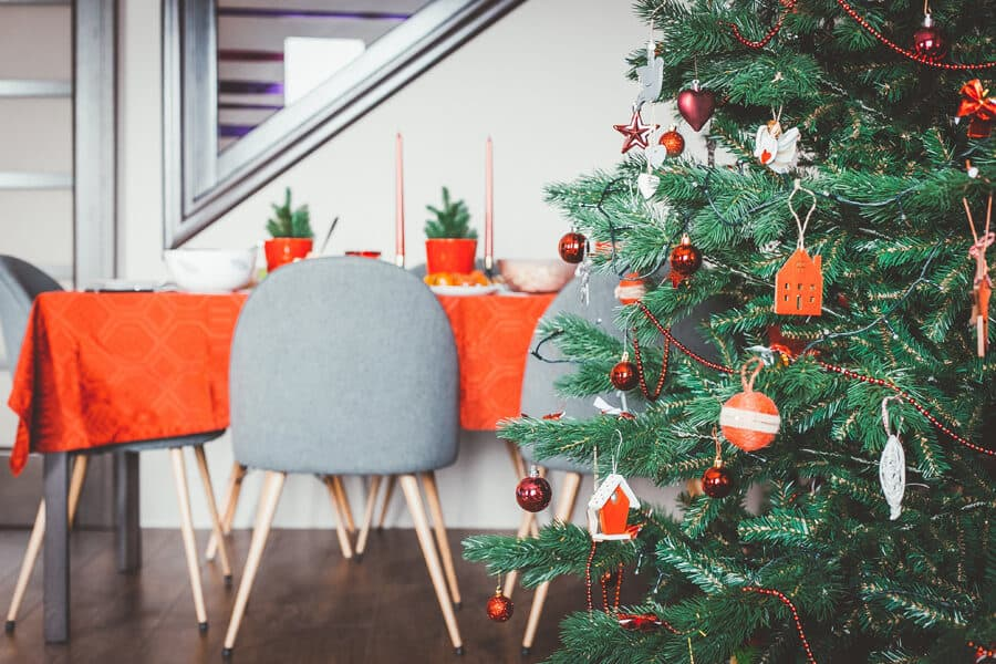 Mesa y árbol de Navidad - Aperitivos veganos