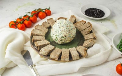 Bola de queso con tomate seco y comino negro