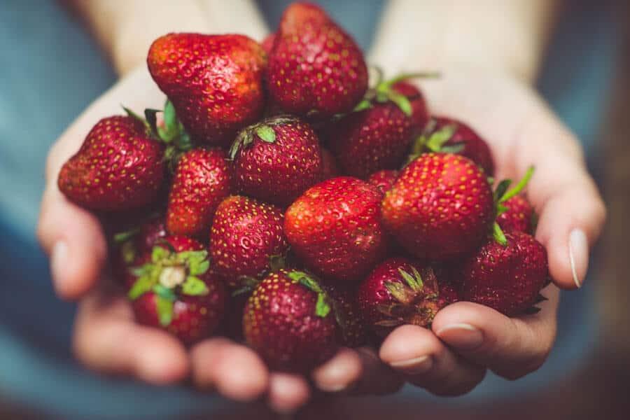 Inflamación crónica - un puñado de fresas